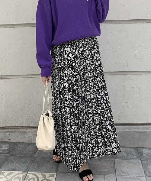 【再入荷のお知らせ】花柄ボックスプリーツスカート